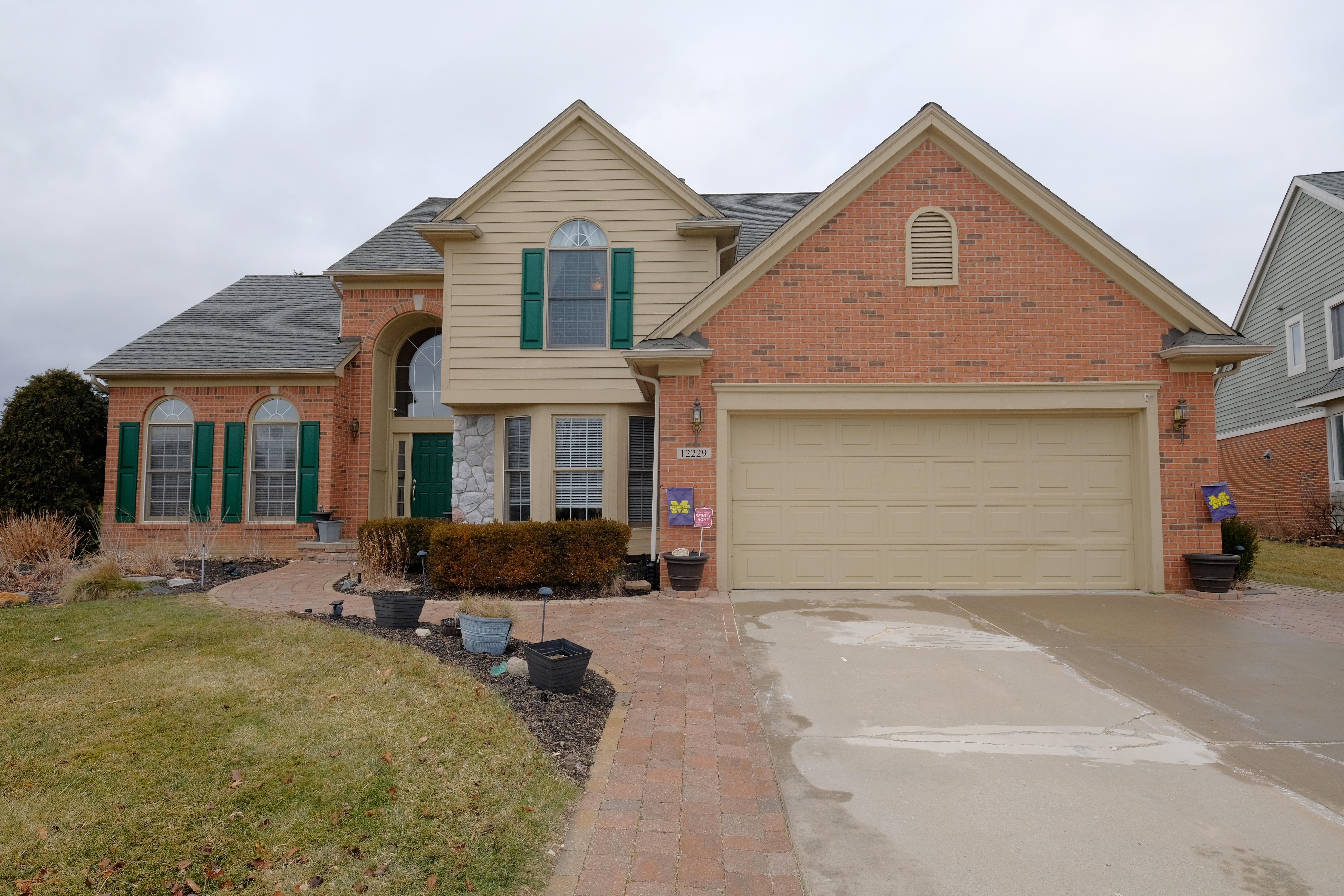 12229 Chandler Drive, Plymouth Twp