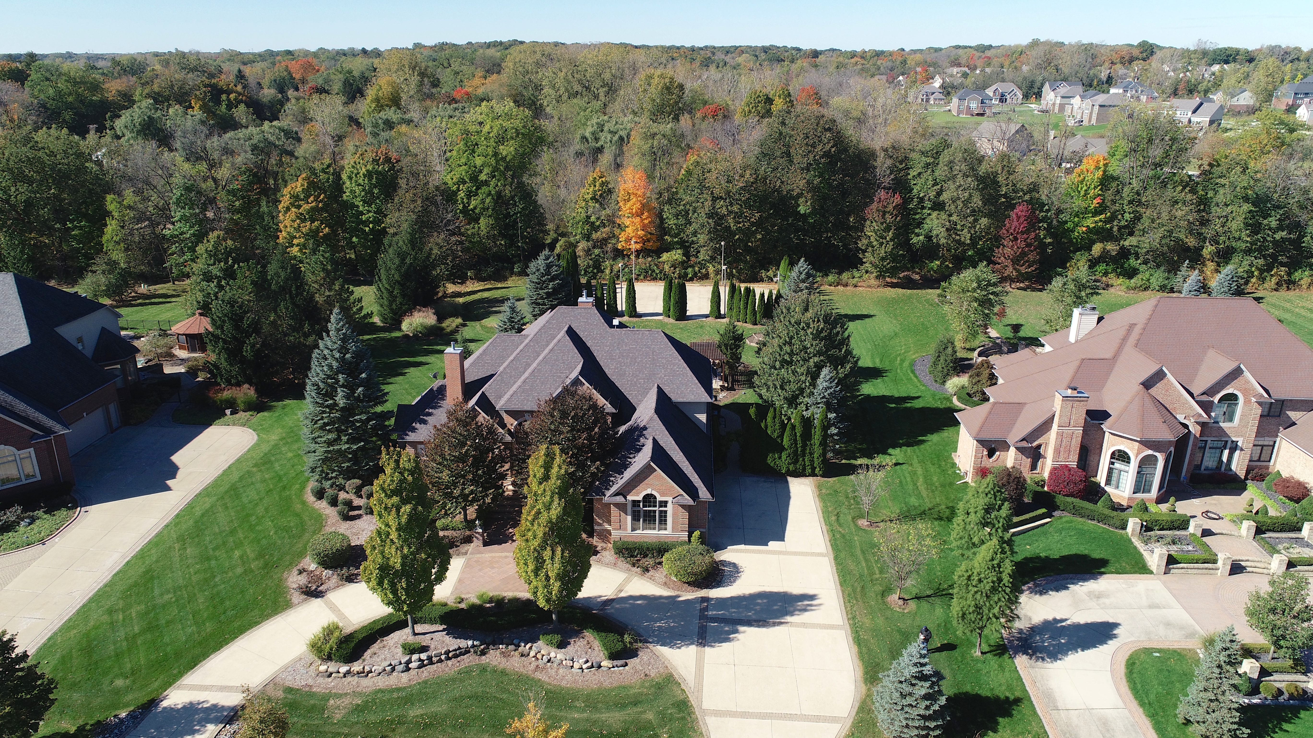 8251 Rolling Meadows Drive, Canton
